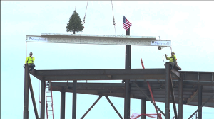 Mercyhealth Topping Out Riverside